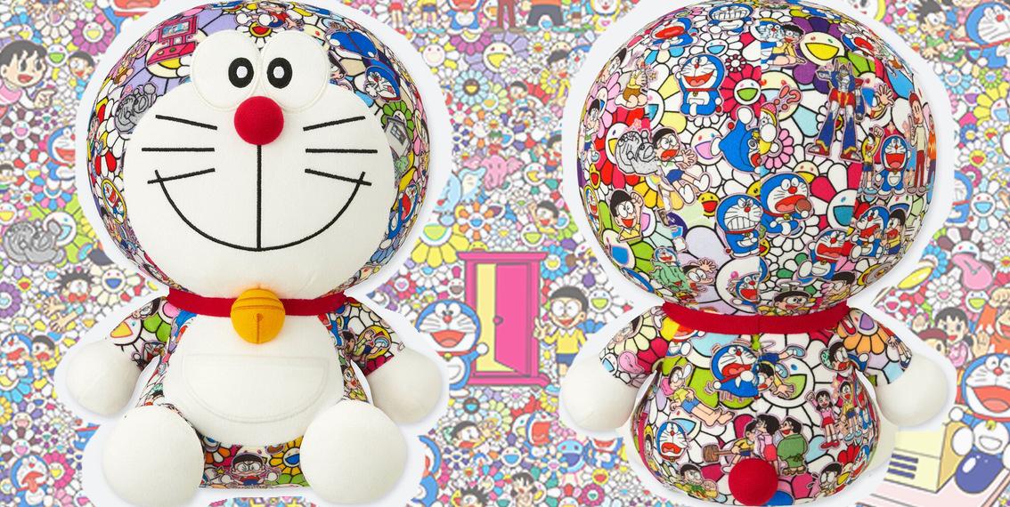 5月25日(金)より発売開始 村上隆 × ドラえもんUT ユニクロ ドラえもんぬいぐるみ ¥3,229「THE ドラえもん展 TOKYO 2017」