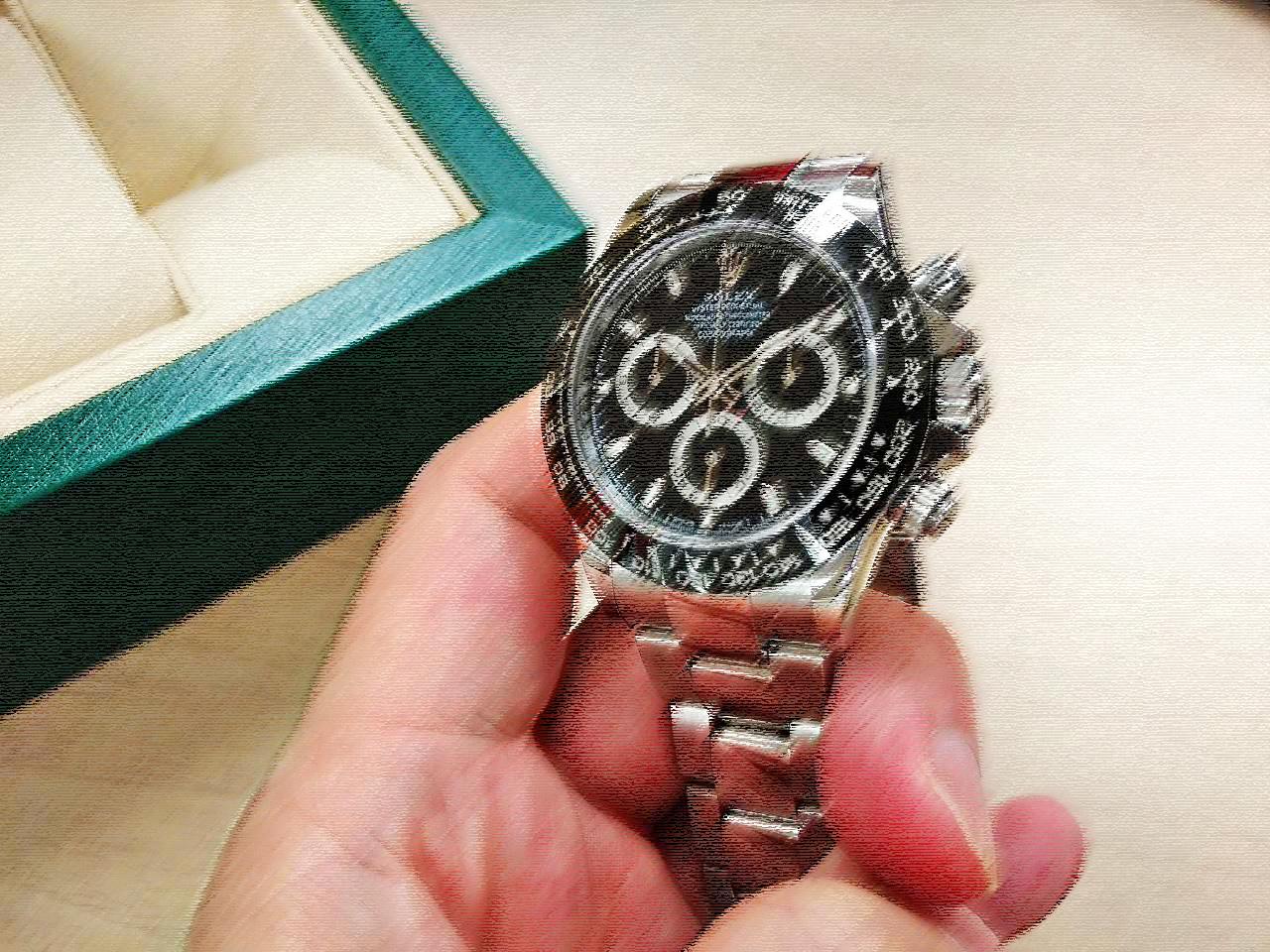 ロレックスのデイトナは20代で買え!116500LNは最初の腕時計に最適