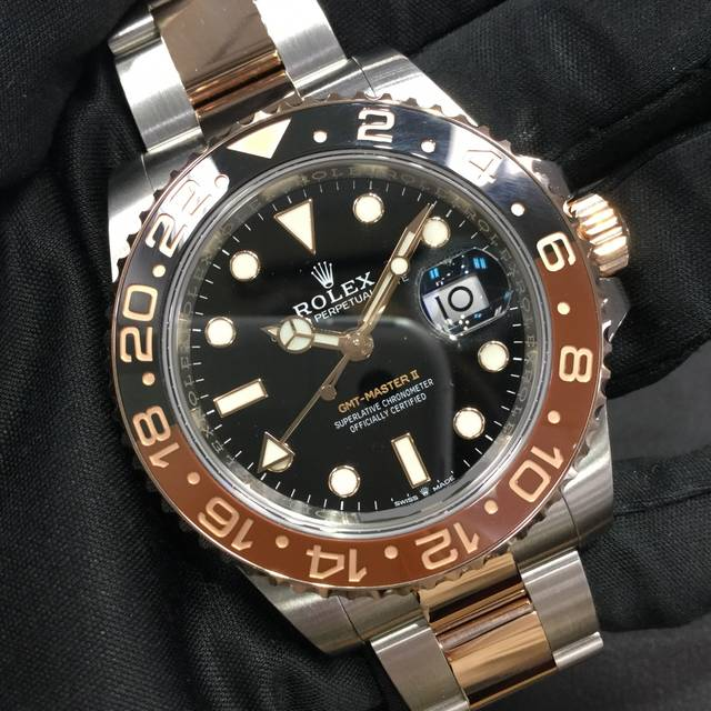 ロレックス GMTマスターⅡ 126711CHNR