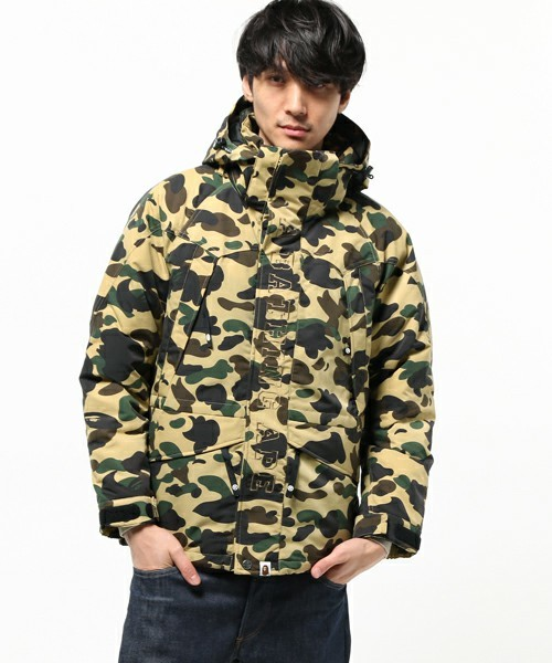 A BATHING APE 1ST CAMO SNOW...